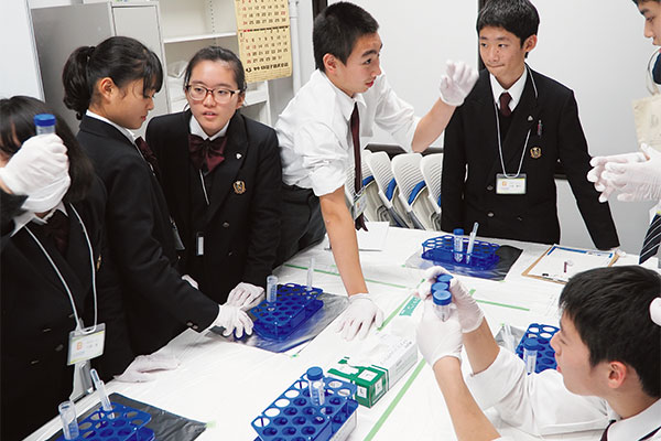 医学選択の校外授業